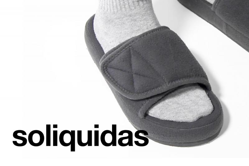 Soliquidas - Yeezy Sliders, Fashion